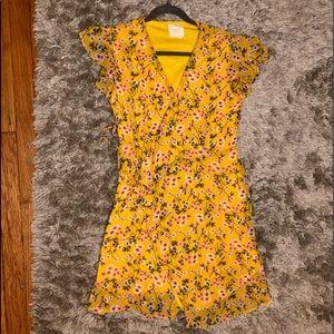FRANCESCAS Dress, LIKE NEW! Summer/Spring friendly
